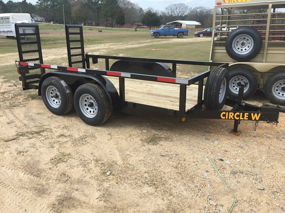 low trailer, utility trailer, low built utility trailer, trailer for scissor lift