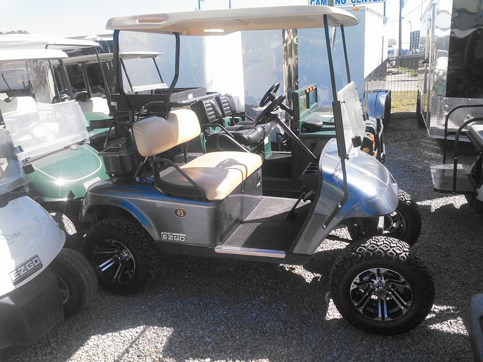 E-Z-GO GOLF CARTS